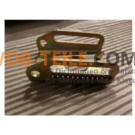 Beslag til vekselstrømsgenerator W123, C123, W201, W124, C124, W460, W461, M102 230 CE A1021500373
