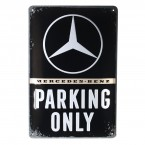 Tanda logam die-cut dengan motif Mercedes-Benz Parking Only Nostalgic Art
